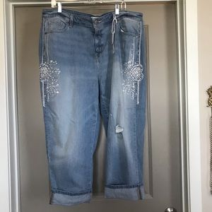 NWT Lane Bryant cropped girlfriend jeans